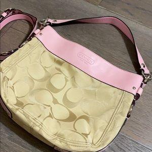 Coach shoulder bag with handle ✨